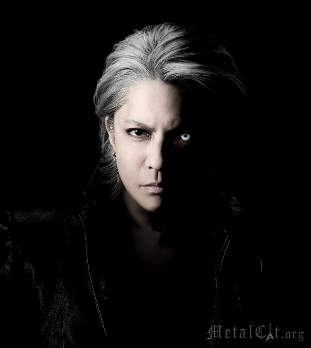 HYDE - превью клипа WHO'S GONNA SAVE US